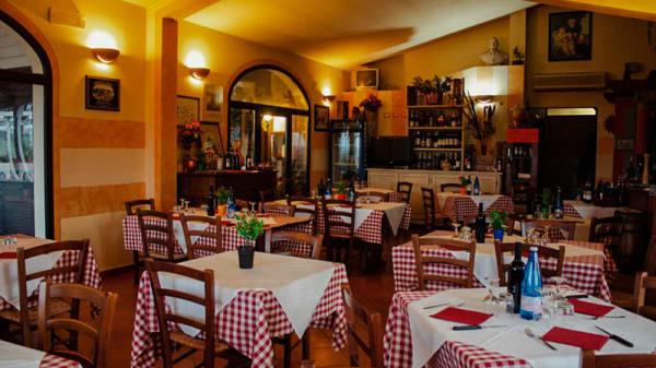Vista sala - Osteria La Tagliola, Montopoli in Val D'arno