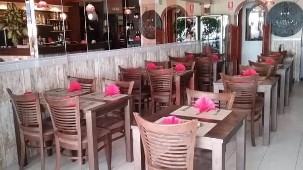 Vista de la sala - Madrás Indian Restaurant, Palmanova