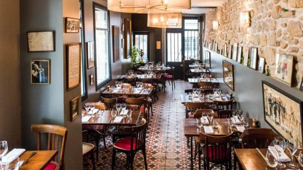 Salon du restaurant - Roger la Grenouille, Paris