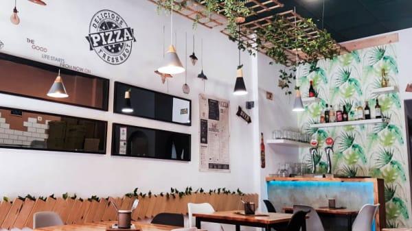 Vista de la sala - Bistro Urban Food, Málaga