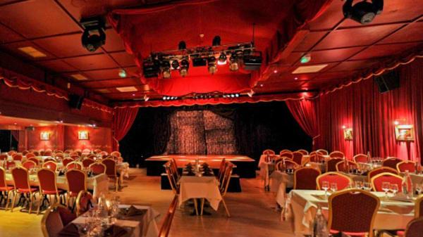 Vue de la salle - Cabaret ô Toulouse, Toulouse