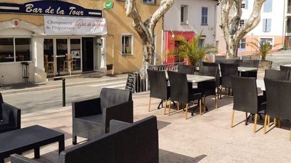 Terrasse - Brasserie de la Tour, Taradeau