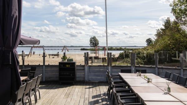 Terras - Beachclub Vifero, Kropswolde