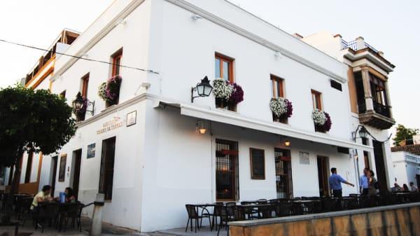 Exterior - La Taberna del RÍo, Córdoba