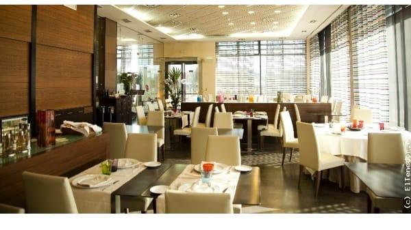 Vista mesas - Hotel Las Artes, Pinto