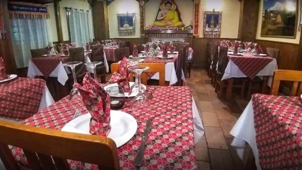 Sala del restaurante - Shangri~La Tandoori House, Torrejon De Ardoz