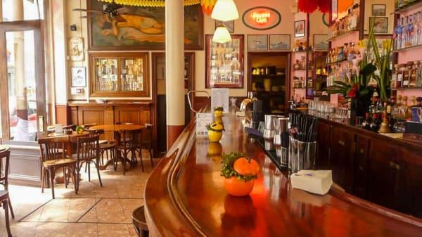 bar - La Perla Bar, Paris