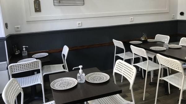 Fassy's, Paris