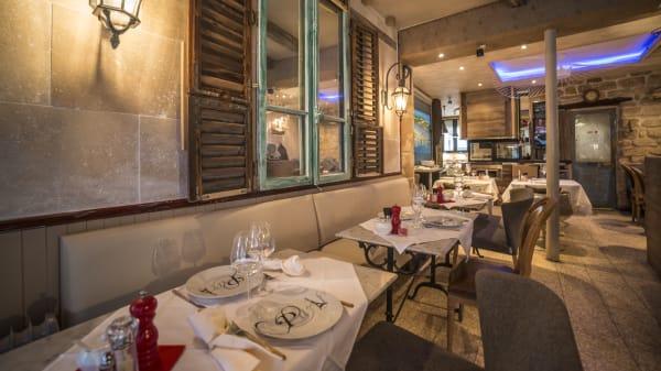 Vue du restaurant - Au Petit Paris, Paris