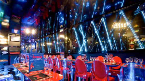 Salle - Diner spectacle - L'ane qui rit, Paris
