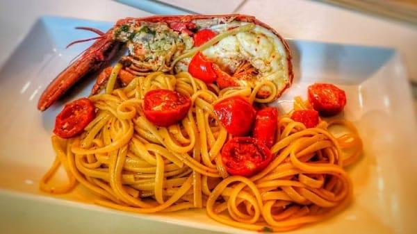 Lo Chef Consiglia - Ristorante Griglieria Pinsa Romana, Rocca Di Neto