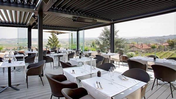 Terrace - Bar & Grill Terrace by Osteria Arborina, Annunziata