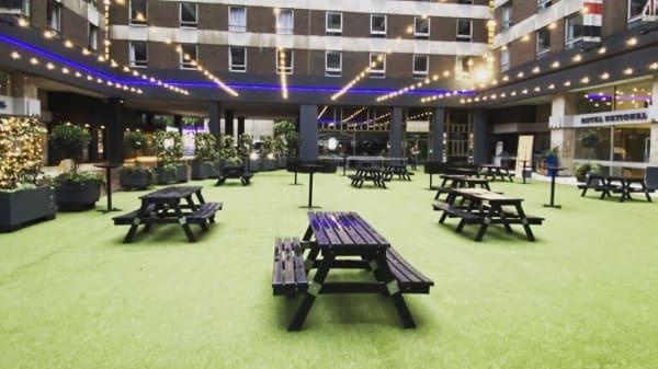 courtyard  - The Courtyard WC1, London