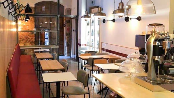 Vista sala - Granatt Bar, Barcelona