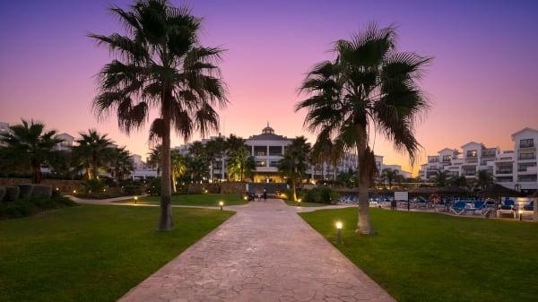 Dama de Noche Estepona Hotel & Spa Resort, Estepona