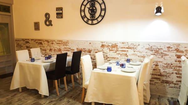 Vista de la sala - Senia Gastrocería, Colmenar Viejo