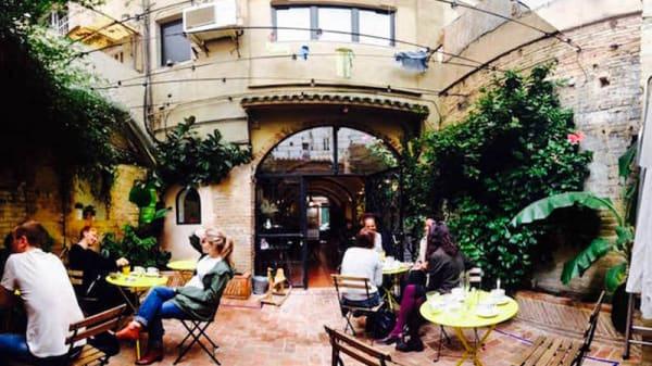 Vista terraza - Bluebell Coffee Co, Valencia