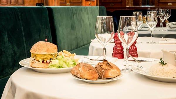 Le Burger de Claude Lelouch - Club 13, Paris