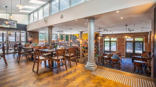 Restaurant - Summer Hill Hotel, Summer Hill (NSW)