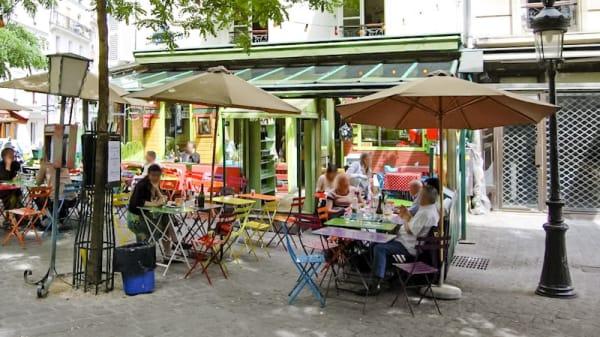 Terrasse - L'Eté en Pente Douce, Paris