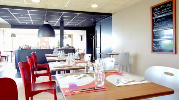 La salle du restaurant - Campanile Lyon Est Bron Eurexpo, Bron
