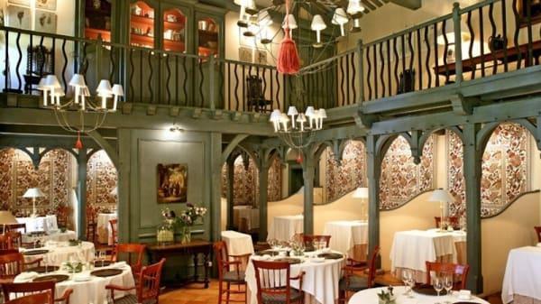 Salle à manger - Le Vieux Logis, Trémolat