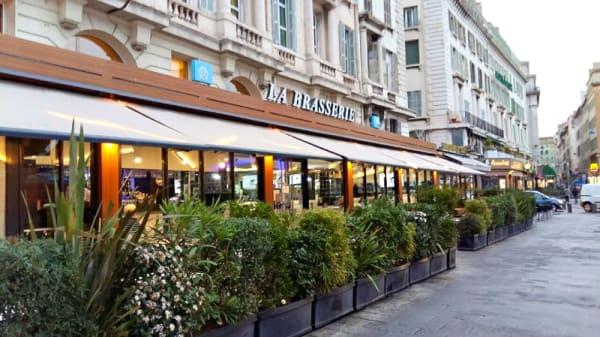 Aperçu de l'extérieur - La Brasserie du port, OM Café, Marseille