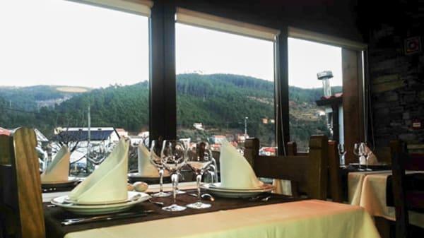 mesa composta - As Thermas, Unhais da Serra