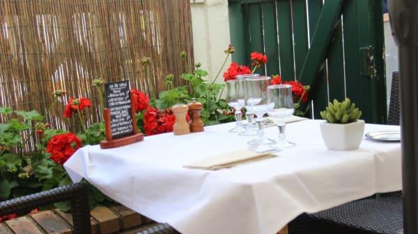 Terrasse - Restaurant de l'Ours, Coulommiers