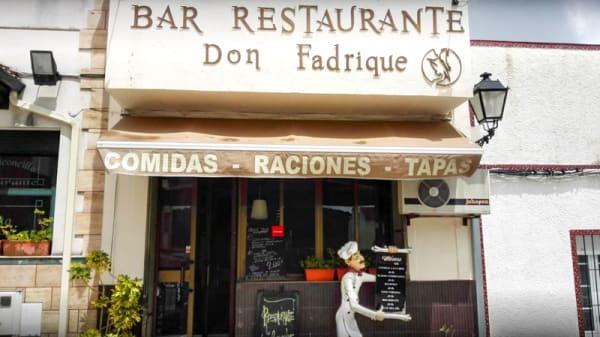 Entrada - Don Fadrique, Monesterio