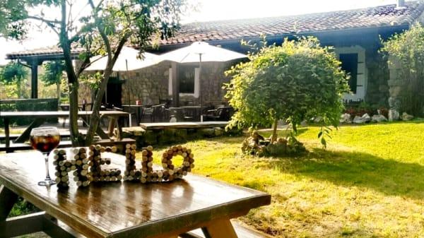 Exterior - La Antigua, Bárcena de Cudón