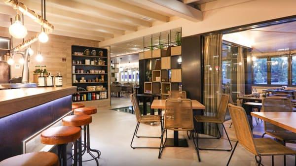 Entrada y barra - Restaurante La Greppia (Marivent), Palma de Mallorca