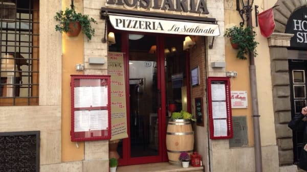 La Scalinata, Roma