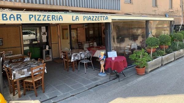 Esterno - La Piazzetta, San Feliciano