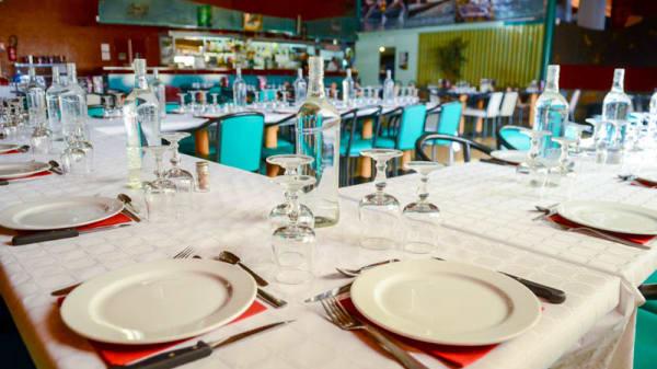table pour groupe - Bowling de Millau, Millau