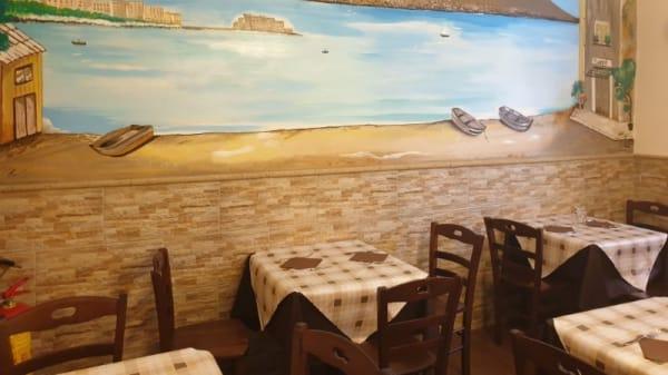 Sala - Trattoria Nanní, Naples