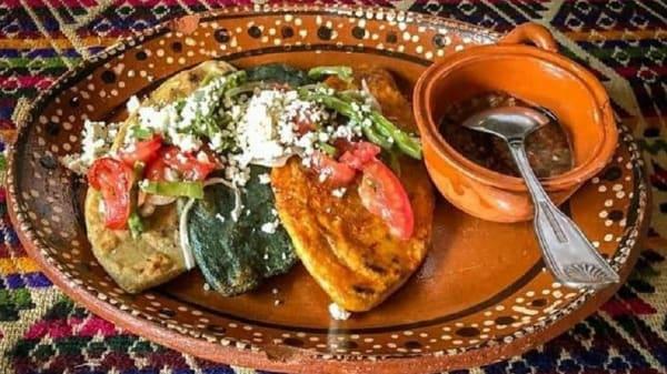 Sugerencia del chef - Oaxaquito Antojeria Mexicana, Ciudad de México