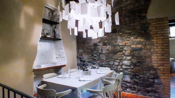 Sala camino - Taverna del mercato, Frascati