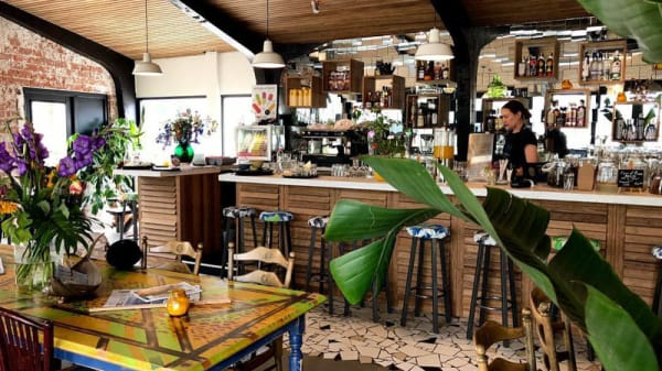 Het restaurant - Uitvlugt, Ámsterdam
