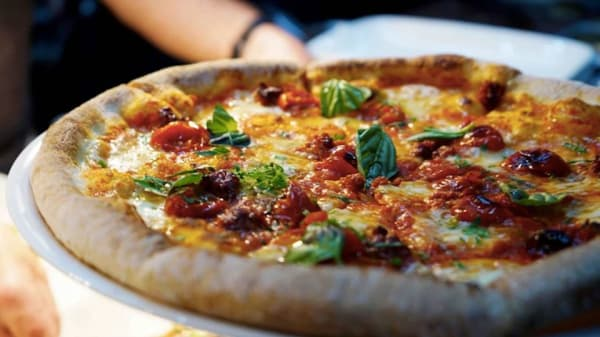 Pizza - Dilly Dally, Subiaco (WA)