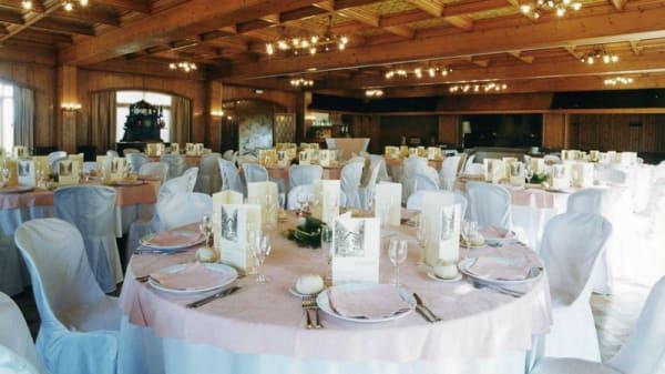 Sala del restaurante - Antic Hostal de la Gloria, Viladrau
