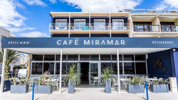 Entrée - Hotel café Miramar, Le Grau-du-Roi