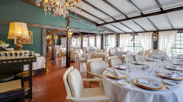 Vista Sala - Restaurante-Pub Albanta, Granada