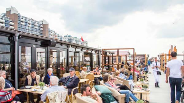 terras - OCEANS Beach House, Den Haag