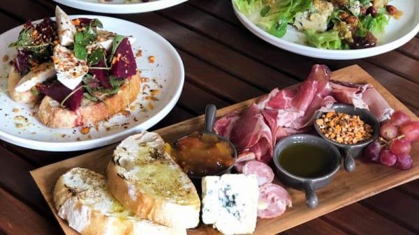 Sugerencia de plato - Rosalie House Cellar Door Restaurant, Lilyvale