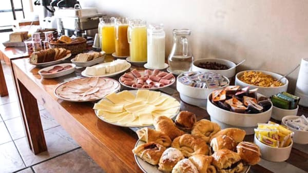 El desayuno - La Casita de Villaviciosa, Villaviciosa De Odon
