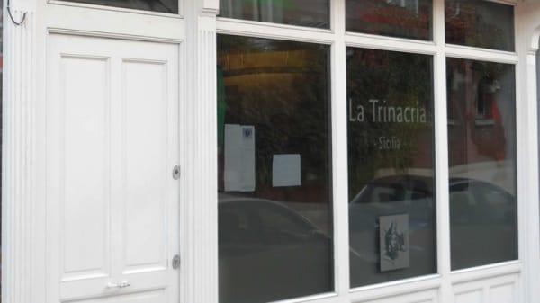 La trinacria, Lille