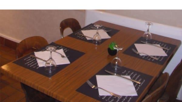 Table dressée - Au Bison Blanc, Lesquin