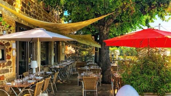 Terrasse - Restaurant 2 La Gare, Pontcharra-sur-Turdine