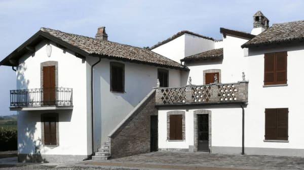 esterno - La Locanda, Calvignano
